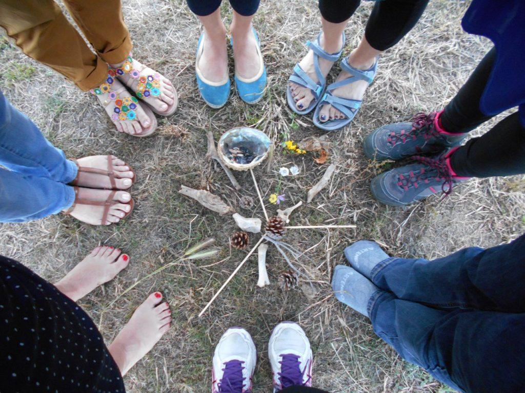 NOUVEAU !! Cercles de Femmes Dès 16 ans   sur   Petite-Ile