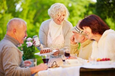 Personnes âgées, bonheur & santé